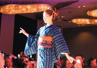 伝統きものファッションショー